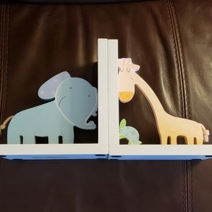 Nursery Safari Book Ends